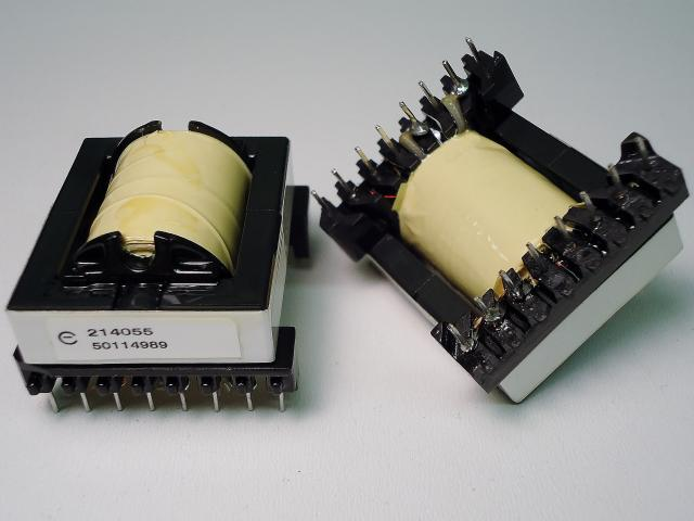 Switching Flyback Transformer, 200kHz, 60W, discontinuous mode
